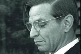 """Buchcover """"Wolfgang Langhoff – ein Künstlerleben im 20. Jahrhundert """""""